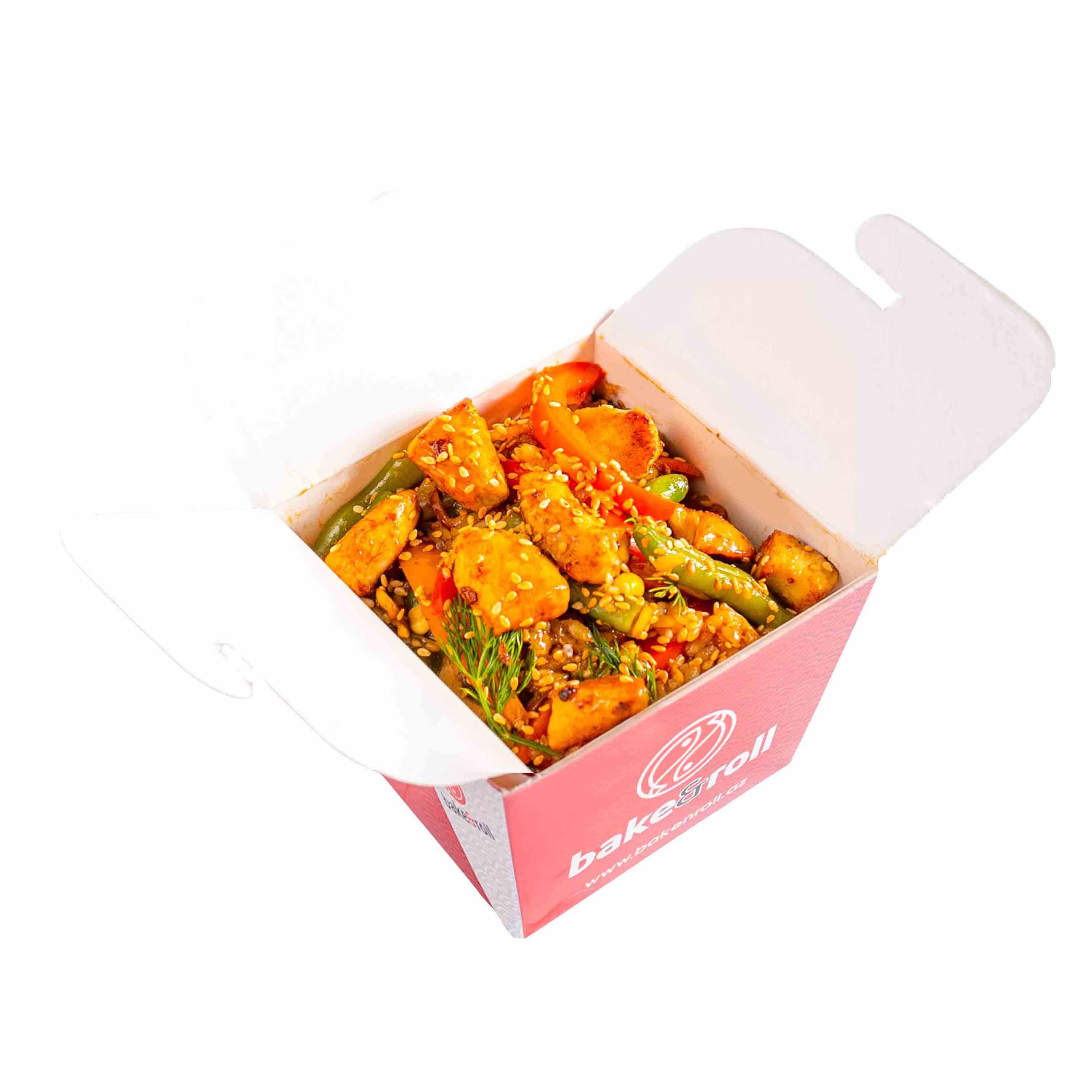 Жаренный рис с курицей